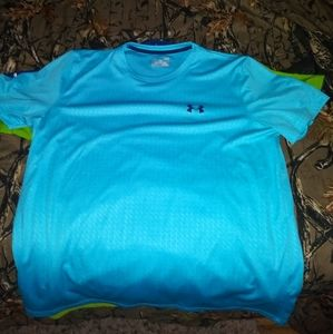 Large under armour heat gear shirts